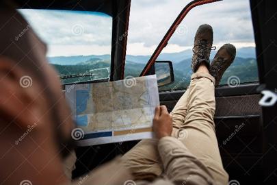 Laid back map reader